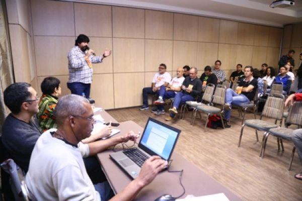 Grupos debatem estratégias e propostas para gestão da Contraf-CUT
