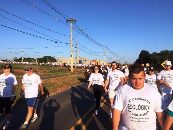 Bancários realizam a 14º Caminhada Ecológica de Umuarama
