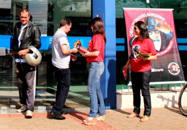 Campanha Salarial dos Bancários 2012 junto à população