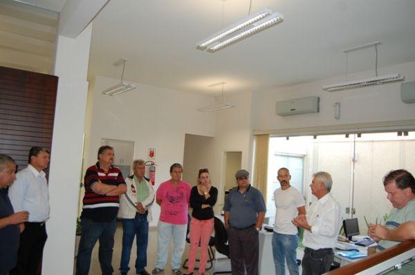 Candidato do PT à Prefeitura de Umuarama visita Sindicato dos Bancários