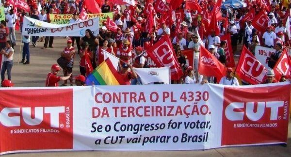 Em audiência sobre terceirizaçao, movimentos cobram compromisso do governo com direitos
