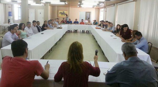 Coletivo Jurídico da Fetec-CUT/PR se reúne para discutir demandas do Estado