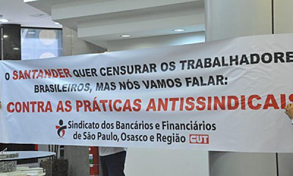 Dia Internacional de Luta protesta contra práticas antissindicais do Santander