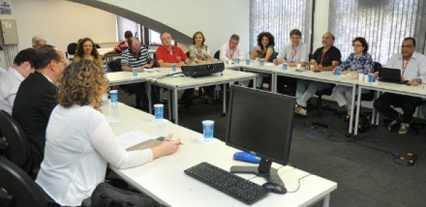 Santander se nega a negociar mais contratações, fim da rotatividade e PCS