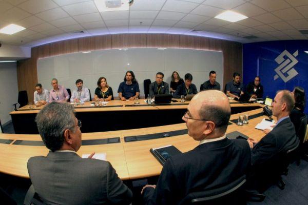 Contraf-CUT cobra do Banco do Brasil garantias aos funcionários atingidos pela reestruturação