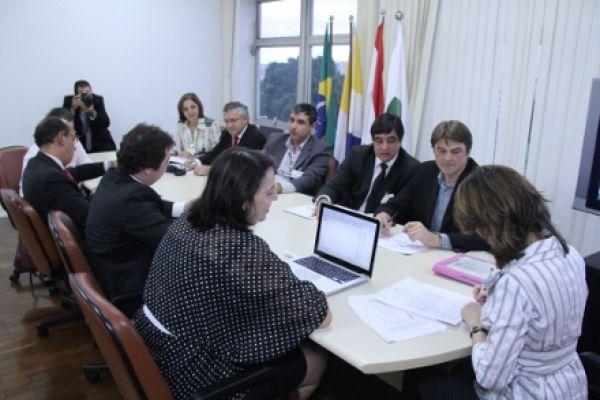 Contraf-CUT comprova no MPT demissões em massa no Santander