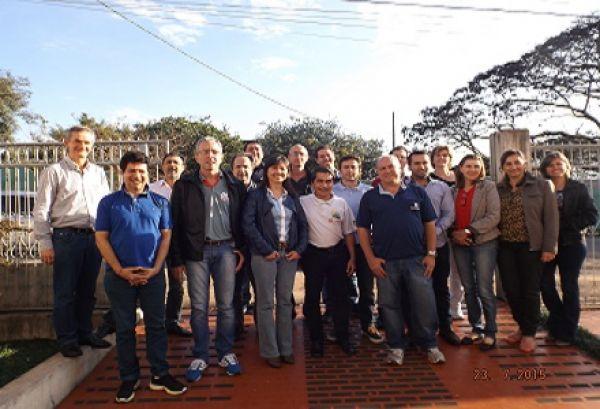 Coletivo da Fetec Paraná define rumos da campanha e da comunicação