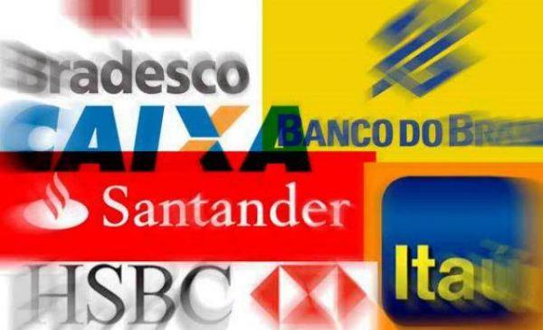 Bancos lucram, mas seguem reduzindo vagas