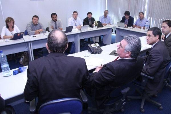 Contraf-CUT retoma mesas temáticas do BB e debate jornada de 6h e PCR