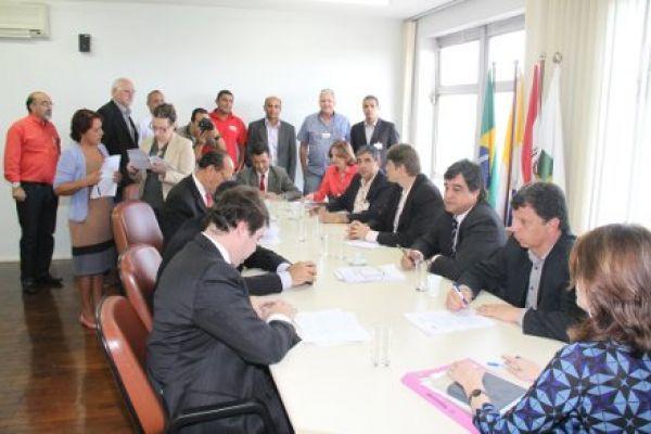 Ação do MPT sobre demissões do Santander quer indenização de R$ 11,5 mi