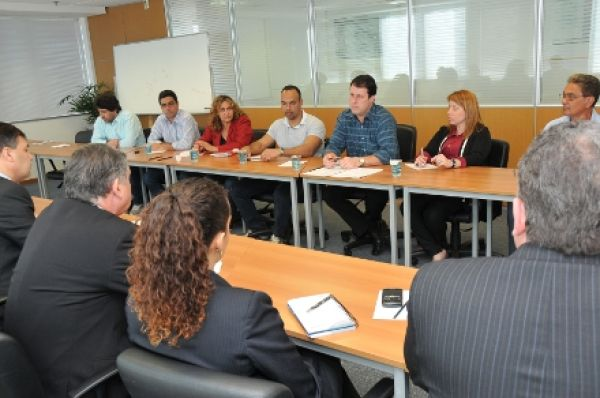 Contraf-CUT debate avaliação do PCMSO e Sipat com Fenaban