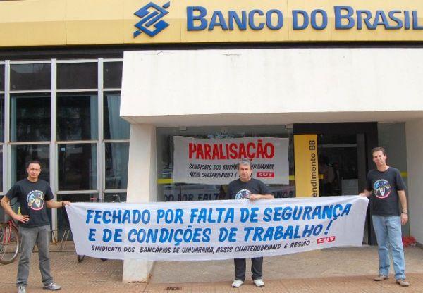 Seeb Umuarama fez protesto no BB de Assis Chateaubriand