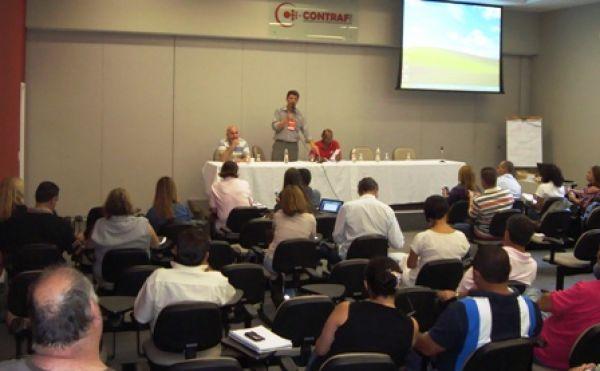 COE Itaú reúne-se para retomar pauta de negociações permanentes com o banco