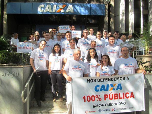 Campanha pela Caixa 100% pública teve boa adesão dos funcionários