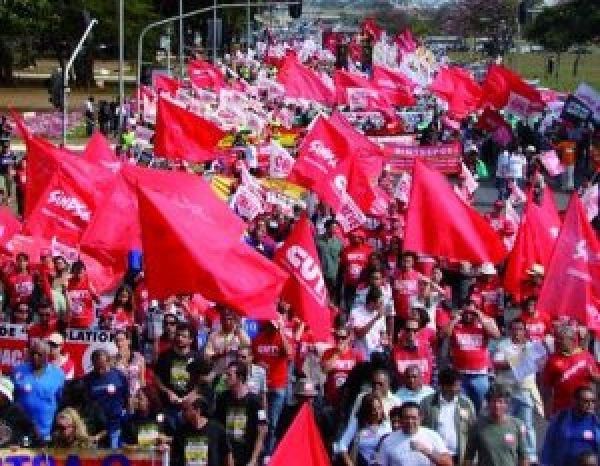 Em nota oficial, CUT repudia decreto do governo que reprime greve