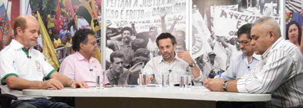 Práticos de farmácia falam sobre  campanha salarial no Câmera Aberta Sindical