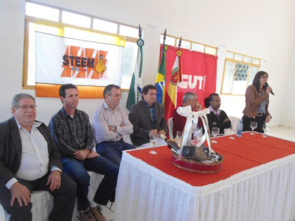 Sindicato de Umuarama participou da posse da nova diretoria do Sindicato dos Eletricitários de Maringá