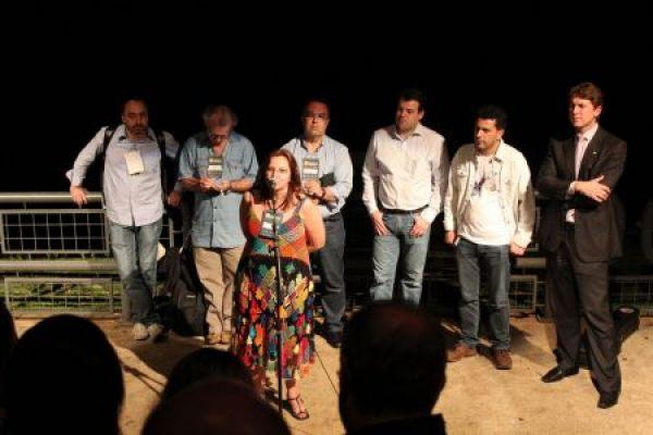 Rosane Bertotti abre Encontro Mundial de Blogueiros com defesa da gestão pública para garantir Banda Larga