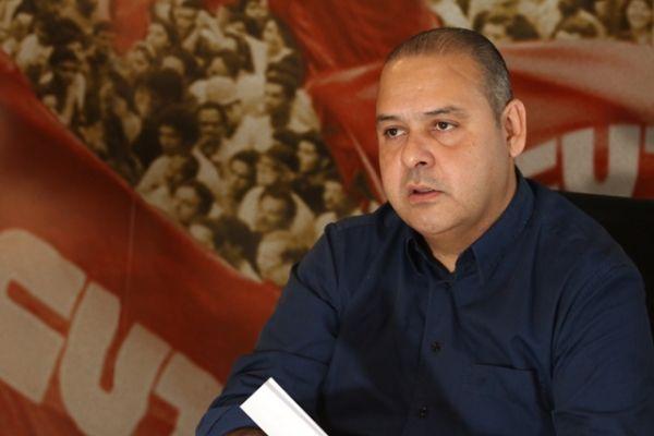 Vagner Freitas: A CUT quer a Dilma que o povo elegeu