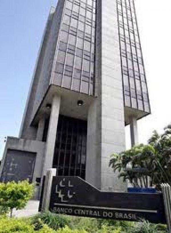Medidas do BC transferem R$ 33,6 bi dos cofres públicos para 5 bancos