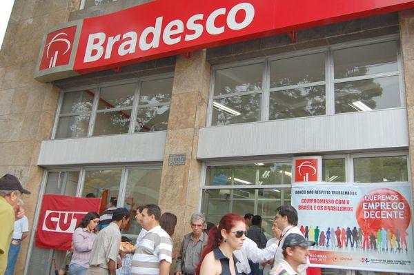 Em Umuarama, Justiça do Trabalho concede liminar contra ações antissindicais do Bradesco