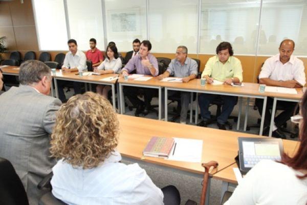 Contraf-CUT avança debate sobre SIPAT e PCMSO com Fenaban