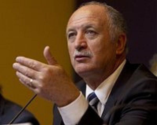 Felipão recua e diz a presidente do BB que não quis ofender funcionários