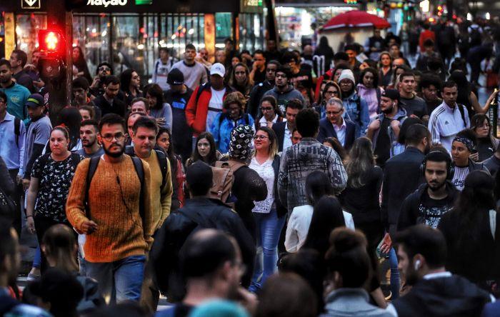 Pesquisa mostra que trabalhador quer novos benefícios e manter emprego na pandemia