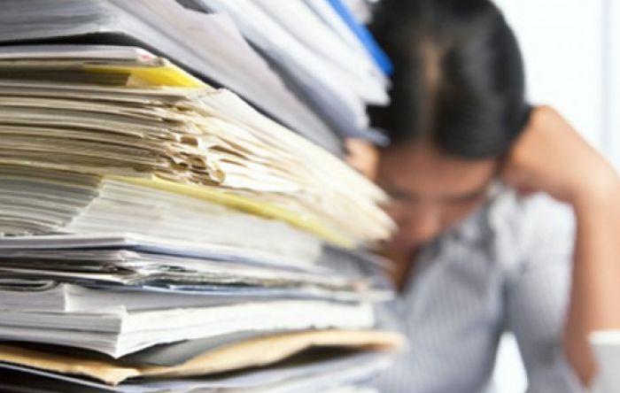 Política pública e boas condições de trabalho previnem suicídio, diz perito