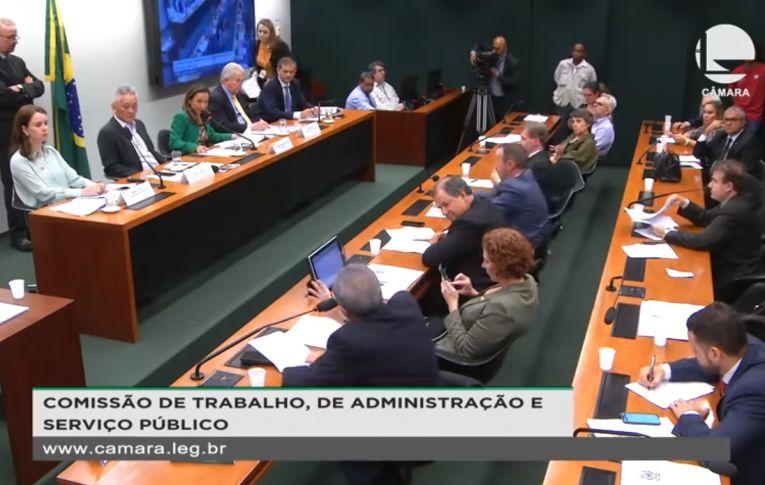 Presidente do BB defende privatização do banco