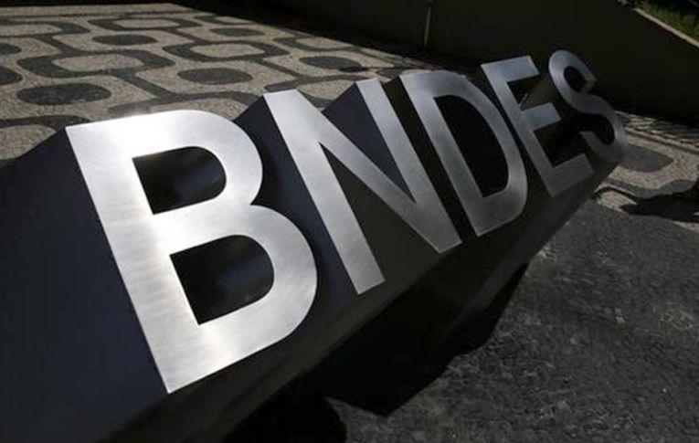"""Presidente do BNDES admite que não há """"caixa-preta"""""""
