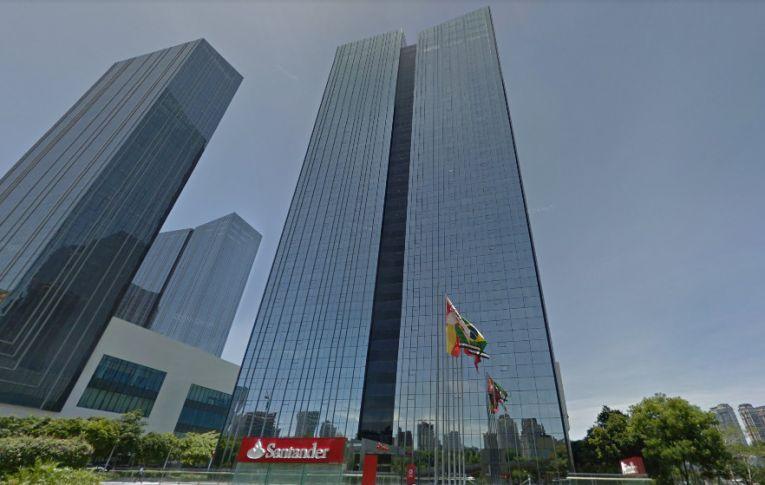 Presidente do Santander anuncia fim dos caixas humanos no Brasil