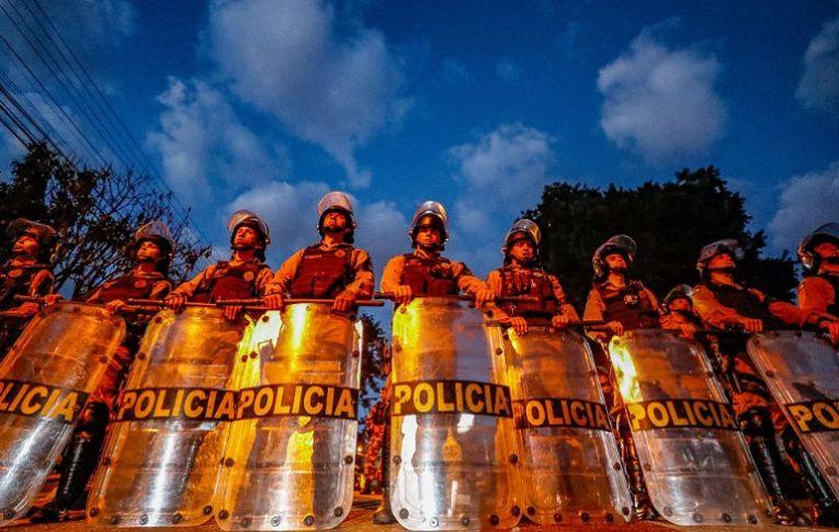 Prisão de Lula: 'País passa por momento pior do que na decretação do AI-5'