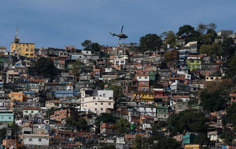 Projeto Mães da Favela quer conectar à internet 2 milhões de pessoas - Programa se expandirá por todo o país