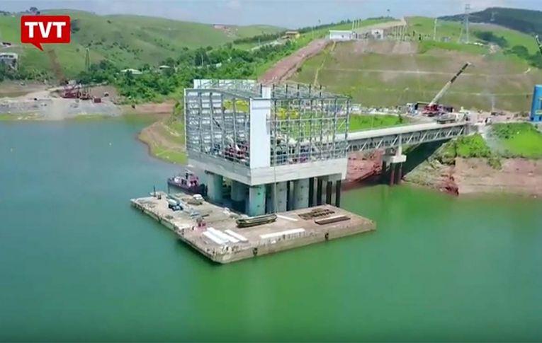 Projeto que leva a privatização do saneamento põe o Brasil na contramão do mundo