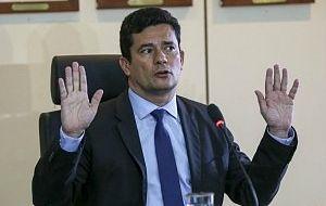 Quarentena imoral: MP vê imoralidade em conduta de Moro e pede corte imediato de seu salário