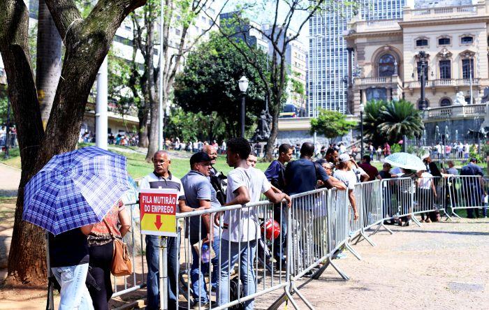 Quase 28 milhões de brasileiros estão sem trabalho
