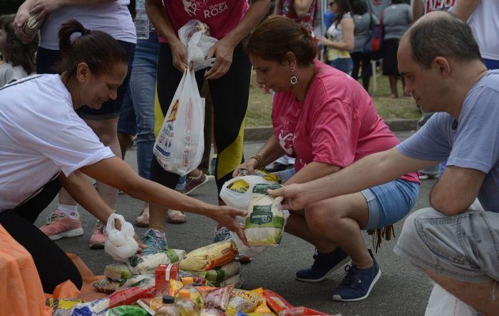 R$ 150 de auxílio não mata a fome, nem retoma economia, dizem CUT e economista