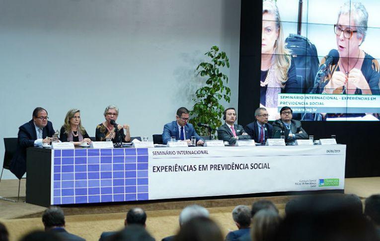 Reforma da Previdência: 'Somente o setor financeiro vai ganhar com a capitalização'
