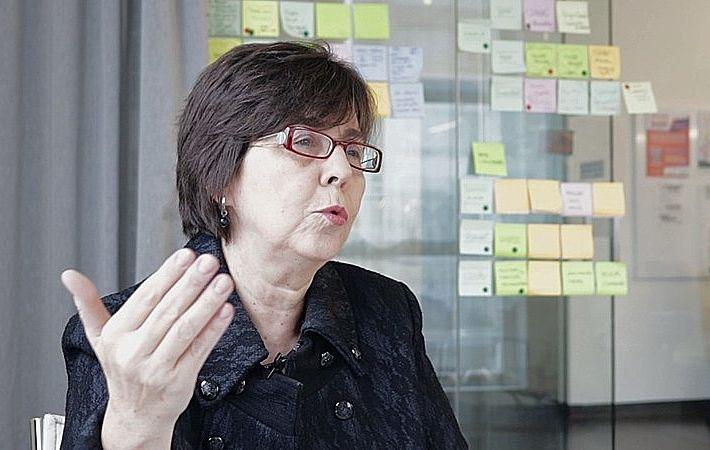 """Renda básica só é possível porque """"ainda não privatizaram tudo"""", diz Tereza Campello"""