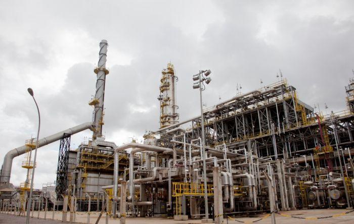 Saída da Petrobras no Nordeste vai gerar desemprego e aumentar crise econômica