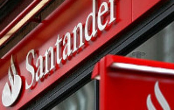 Santander explora brasileiros