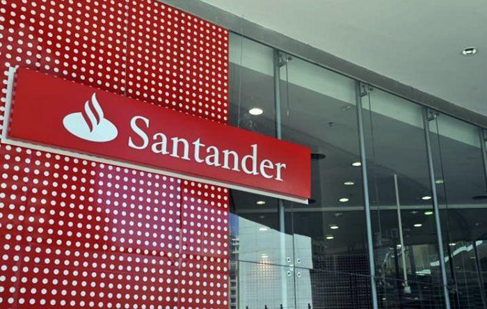 Santander paga imposto sonegado para evitar depoimento de presidente em CPI