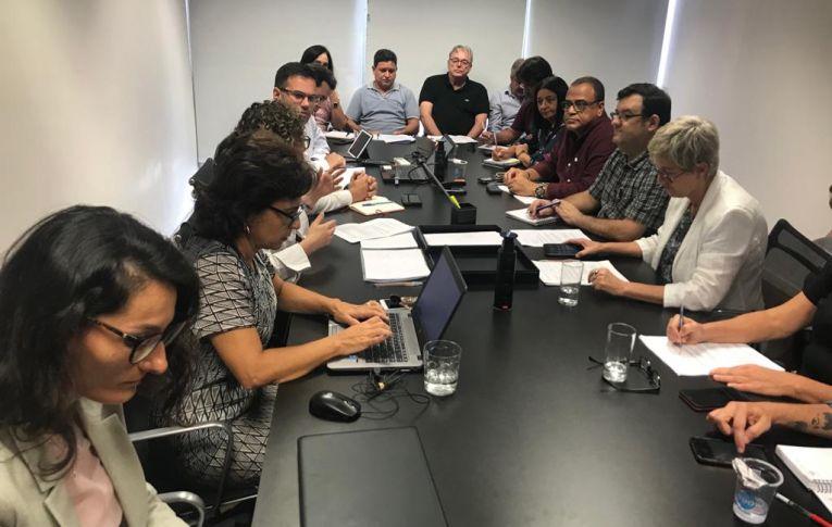 Santander: Trabalhadores conseguem poucos avanços em reunião com o banco