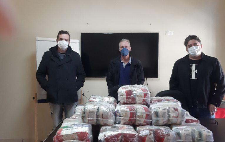 Sindicato de Paranavaí fez doação de cestas básicas