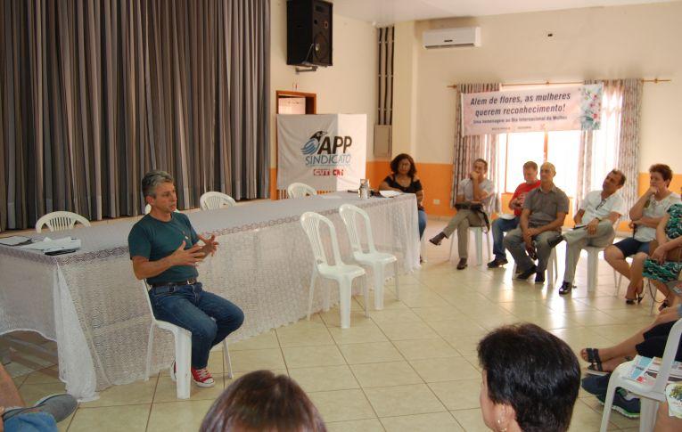 Sindicato de Umuarama participou de roda de conversa sobre o Governo do Paraná