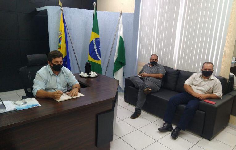 """Sindicato visita Câmara de Umuarama para discutir """"Reestruturação"""" do BB"""