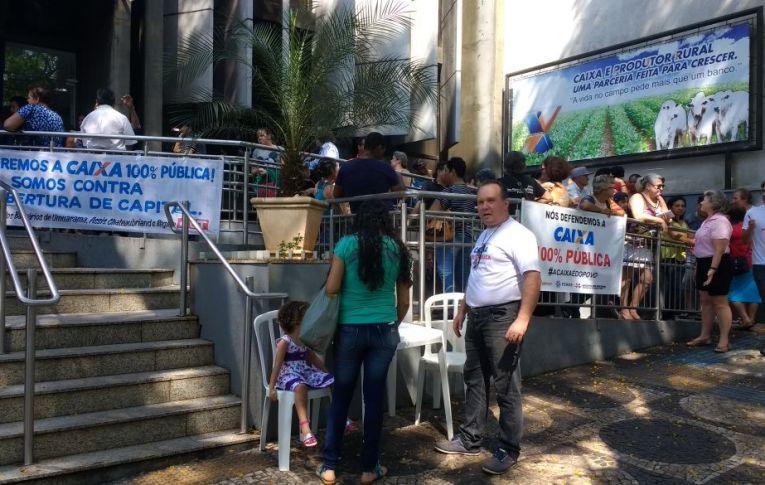 Sindicatos do Pactu participam da manifestação nacional em defesa da Caixa Econômica Federal