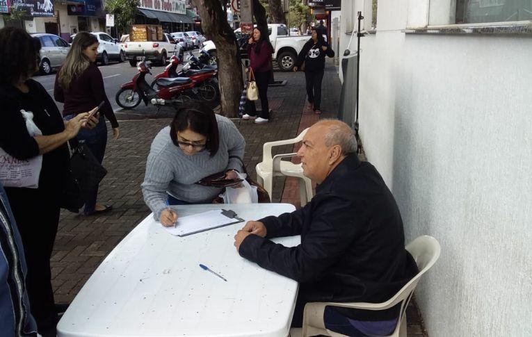 Sindicatos do Pactu prosseguem na coleta de assinaturas contra a Reforma da Previdência