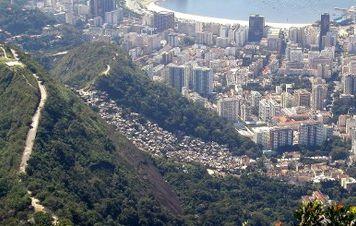 Sistema tributário injusto aprofunda a desigualdade social do Brasil